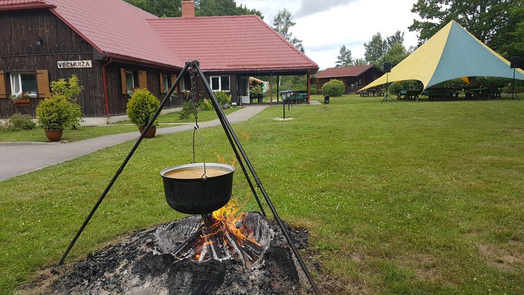 Zupa un ugunskurs